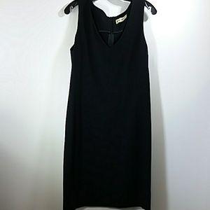 M.M. Lafleur Black V - Neck Dress Size L